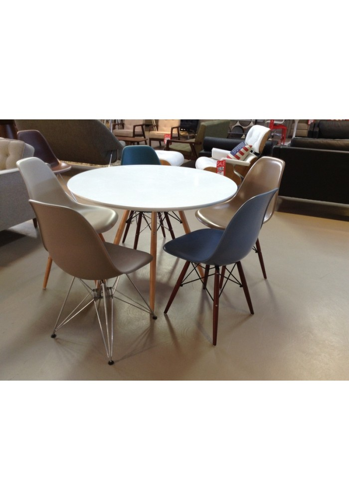 DSW Replica Eames SIDE Chair  16 COLOURS. Dsw Replica Chairs Nz. Home Design Ideas