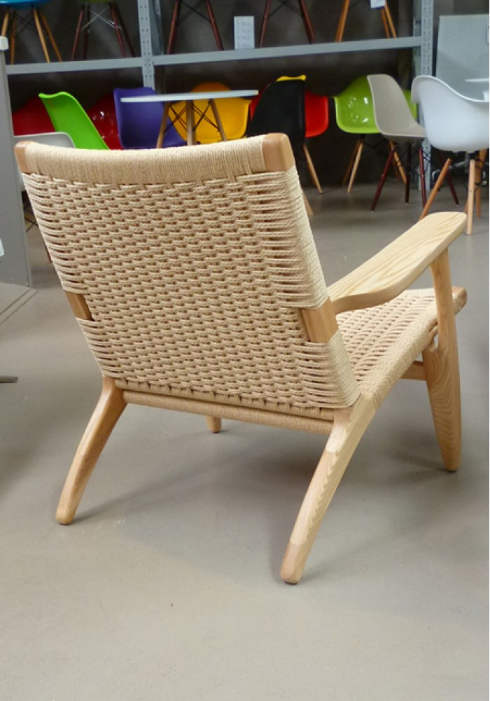 replica ch25 easy chair by hans wegner